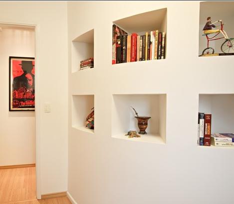 Valorize o corredor: descubra como decorar este cantinho da casa