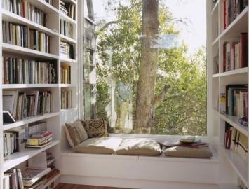 Cantinho de leitura janela