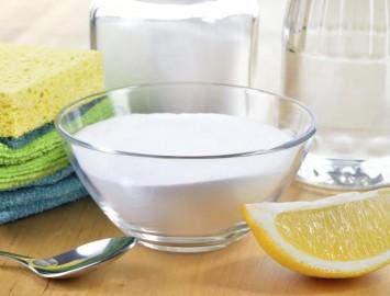 Limpeza com produtos de cozinha