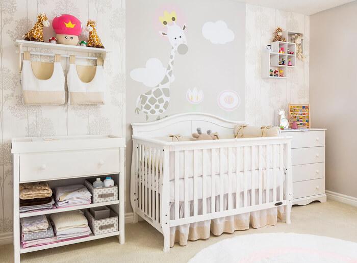imagem com quarto de bebe decorado