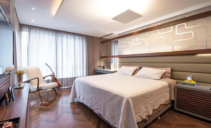 imagem de um quarto de casal