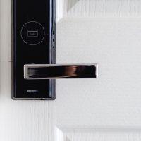 Quais os itens essenciais para uma casa inteligente?