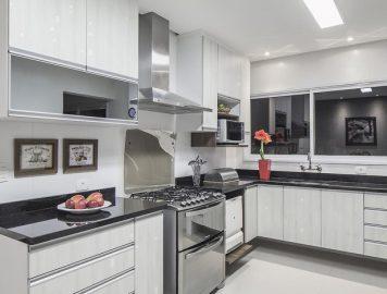 Diferentes opções de coifas que vão deixar sua cozinha deslumbrante!