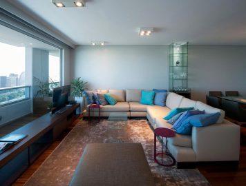 Sofá de canto: dicas para otimizar e valorizar sua casa com este móvel tão versátil
